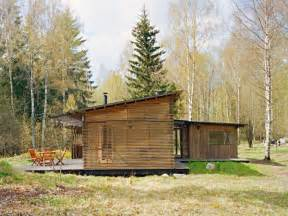 Simple Wood Cabin House Designs