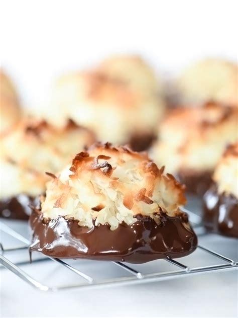 chocolate dipped coconut macaroons foodiecrushcom
