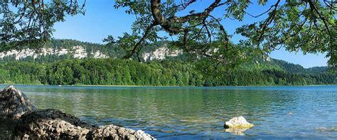 chambre d hotes jura region des lacs auberge des 5 lacs gîtes et chambres d 39 hôtes dans le