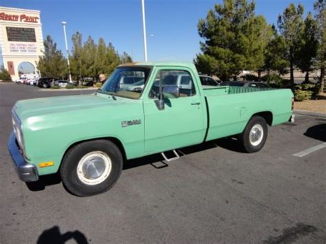 buy   dodge ram   ton solid heavy duty truck