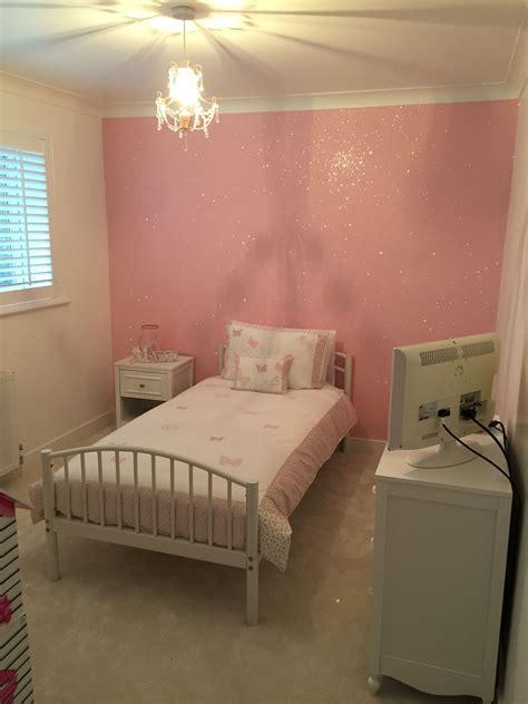 baby pink glitterwallpaper     girls bedroom