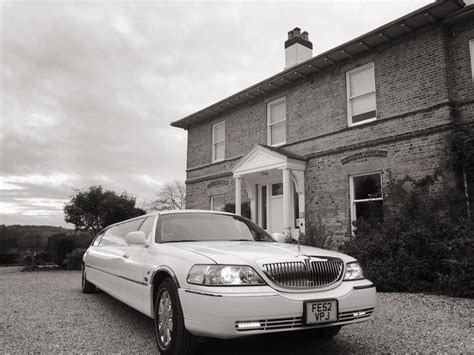 Funeral Limo Hire by Funeral Car Hire Nottingham East Midlands 4 8