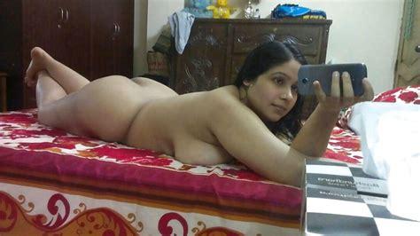 Desi Indian Chubby Wife Nude Selfydick Raising 20 Pics