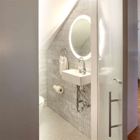 Mirrors For Small Bathrooms by Bathroom Lighting Ideas For Small Bathrooms Ylighting