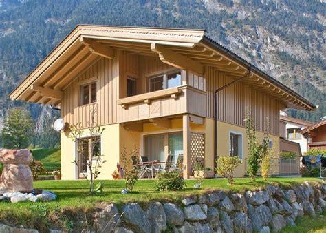 Tipps So Bleibt Die Fassade Lange Schoen by Holzfassade Renovieren Tipps Adler