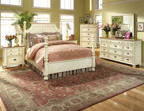 Country Bedroom Decorating Ideas Pictures by Country Cottage Style Bedrooms