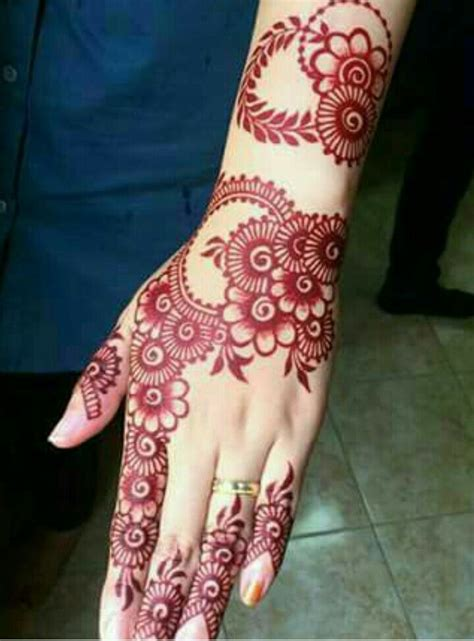 henna hands ideas  pinterest henna hand