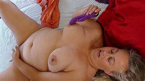 Amateur Bbw Milf Thick Hairy Pussy Big Tits Slut