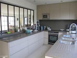 Une maison a re raphaelle levet cote maison for Salle À manger contemporaine avec modele de cuisine en l