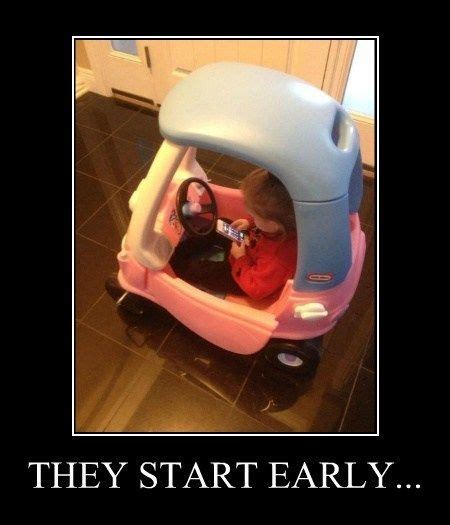 Texting While Driving Meme - texting while driving meme slapcaption com distracted driving pinterest texting meme
