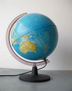 Light up the world globe lamp vintage