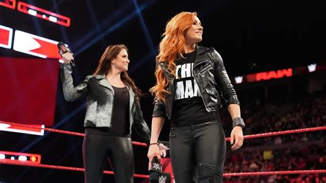 steve austin responds  becky lynch comparisons diva dirt