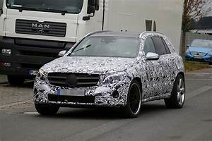 Mercedes Benz Glc Versions : mercedes benz glc63 amg first spyshots glk successor with 4 0 liter v8 autoevolution ~ Maxctalentgroup.com Avis de Voitures