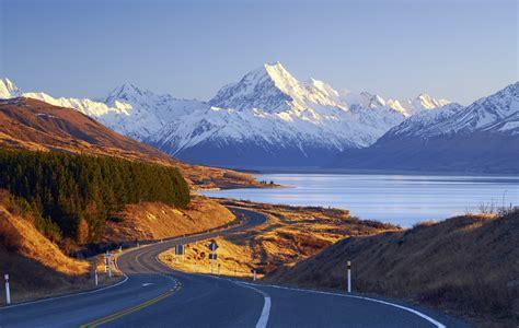 New Zealand Highlights Road Trip Guide - Roadbook.Guide