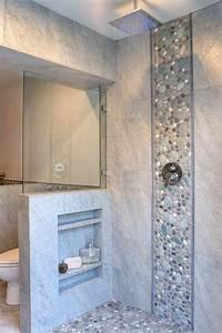 les 25 meilleures idees de la categorie carrelage galet With carrelage galets salle de bain