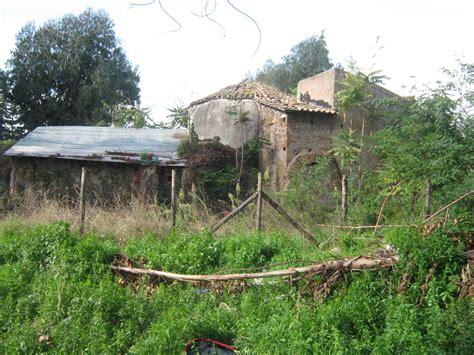 sfascia carrozze roma casilino sfasciacarrozze e abusivi sull antica