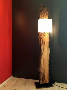 Designer Stehlampen Holz : stehlampe holz design ~ Indierocktalk.com Haus und Dekorationen