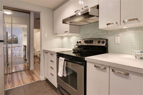 amenagement cuisine ouverte amenagement d une cuisine maison design bahbe com