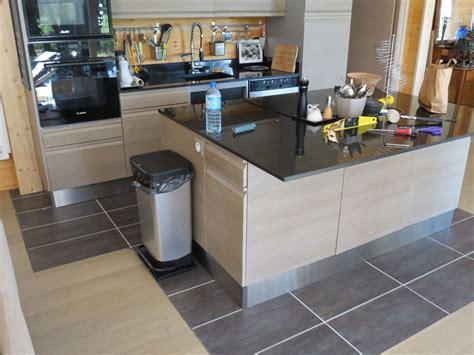 plinthe meuble cuisine plinthe sous meuble cuisine obasinc com