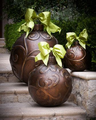 oversized outdoor decorations amazing outdoor decorations balsam hill 3907