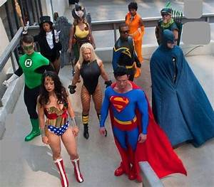 Amazing Justice League Group Cosplay. I secretly long to ...