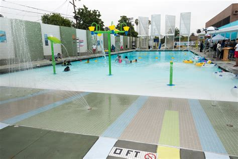"""Public Swimming Pools And The """"mindscape"""" Of Los Angeles"""