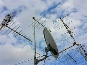 Quelle Antenne Pour La Tnt : votre antenniste carcassonne electro depannage ~ Melissatoandfro.com Idées de Décoration