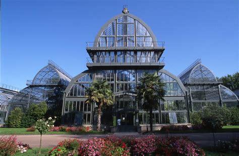 bureau louis 15 le jardin botanique et la roseraie au parc de la tête d 39 or