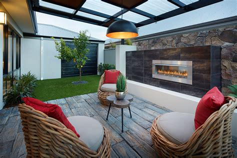 How To Make The Most Of Your Small Alfresco