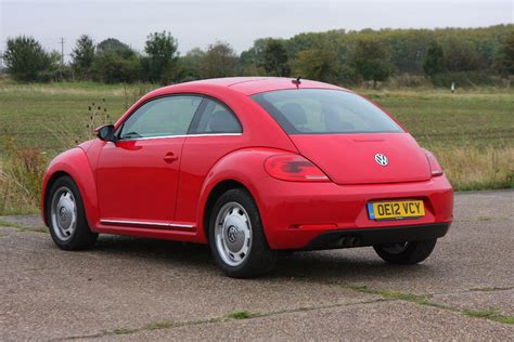 volkswagen hatchback volkswagen beetle hatchback 2012 photos parkers