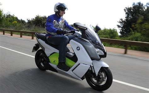 Bmw Electric Motorcycle by Bmw C Evolution Electric Scooter Review Telegraph