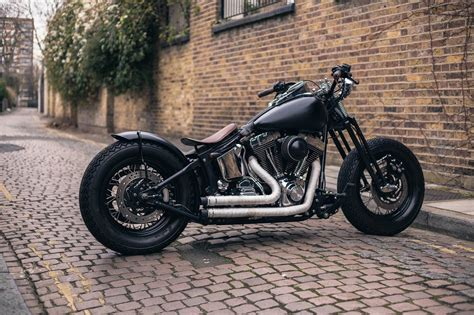 Harley-davidson Bobber By Ale And