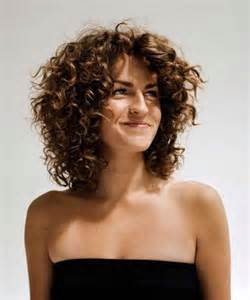 Short Layered Bob Hairstyles for Curly Hair