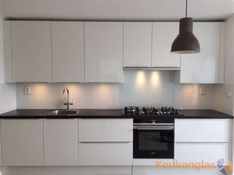 achterwand fornuis glas keuken achterwand wit in utrecht keukenglas