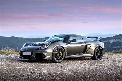 Exige Sport 410 - Bell and Colvill
