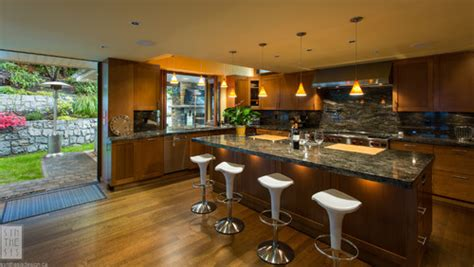 kitchen island with overhang how is the granite overhang in the island being supported 5217
