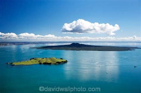 Browns Island (Motukorea Island) and Rangitoto Island ...