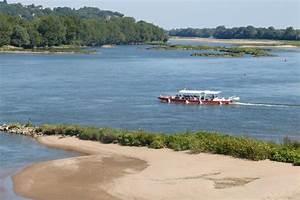 La Loire En Bateau : bateau promenade la luce loire en sc ne oree d 39 anjou office de tourisme une autre loire ~ Medecine-chirurgie-esthetiques.com Avis de Voitures