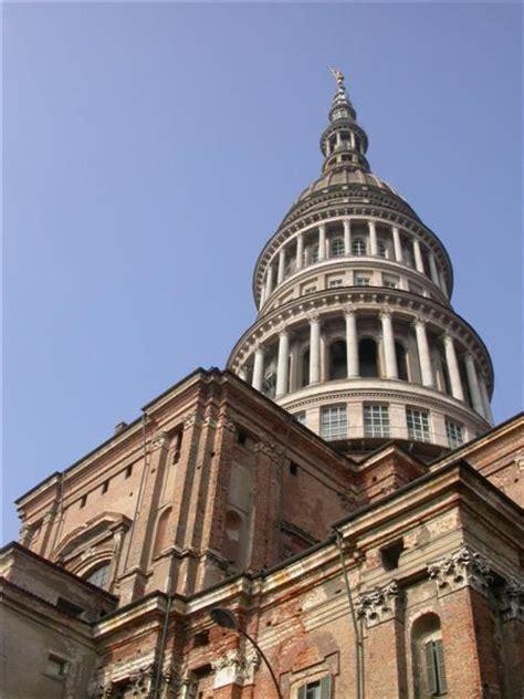 la cupola novara novara la basilica di san gaudenzio l impressionante