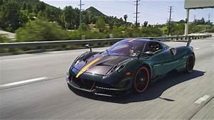 Pagani Huayra Bc : is the pagani huayra bc worth the extra 1 million youtube ~ Maxctalentgroup.com Avis de Voitures