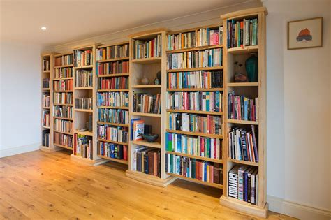 Amazing And Simple Home Library Shelves Placement