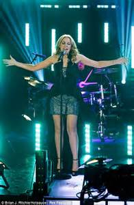 Kylie Minogue thanks fans for support as she finally gets ...