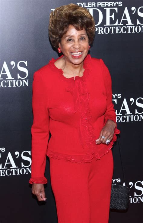 How Tall is Marla Gibbs? (2020) Height – How Tall is Man?