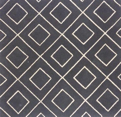 grey and white chevron geometric loom