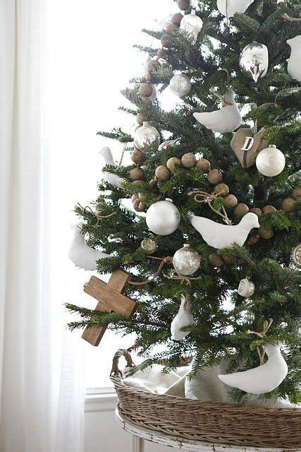 contemporary christmas tree  white  wooden