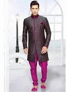 Tenue Indienne Homme : couleur blanche et blanche sherwani sherwani tenue tenue indienne et tenue mariage ~ Teatrodelosmanantiales.com Idées de Décoration