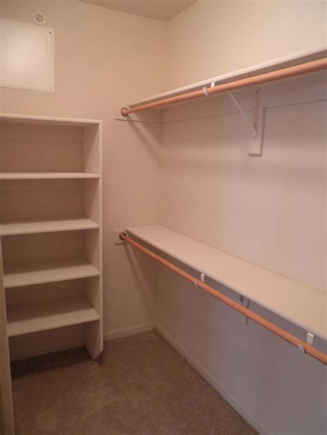 Shelves In The Closet by Best 25 Closet Rod Ideas On Shelves For