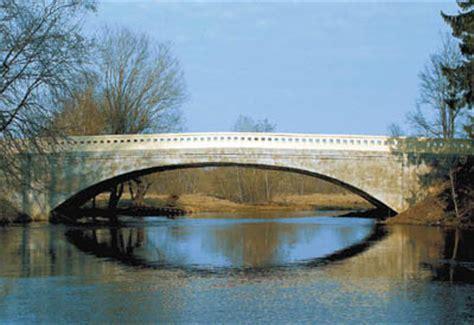 100 Latvijas tilti atrodas kritiskā stāvoklī, daudzi būs ...