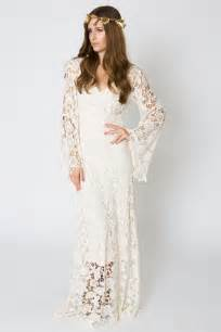 brautkleid vintage stil bell sleeve lace maxi dress bohemian wedding dresses dreamers and