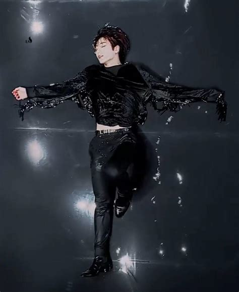 7 album, we see both jimin and jungkook sporting a corset and in the black swan music video. BTS Black Swan Wallpapers - Wallpaper Cave